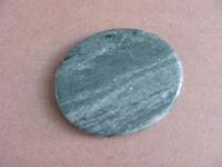 Jade edelsteen groot   plat   per stuk Jade14