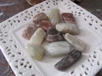 Maansteen edelsteen 12 stenen (4 x 2 cm)
