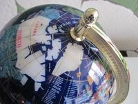 Wereldbol   Globe   edelstenen  Per stuk
