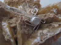 Nr. 36 Rozenkwarts edelsteen | met zilveren hanger  33 mm x 23 mm